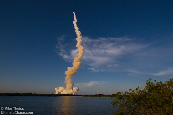 space shuttle launch. Space Shuttle Atlantis Launch